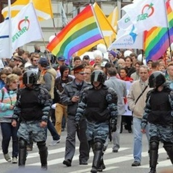 Russia: Parades to demonstrate for gay rights in Moscow and St Petersburg, despite anti-gay law   real utopias   Scoop.it