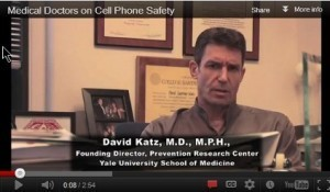 [Video] Doctors Speak Out on Cell Phone Radiation Issue | Cell Phone Radiation and Health | Scoop.it