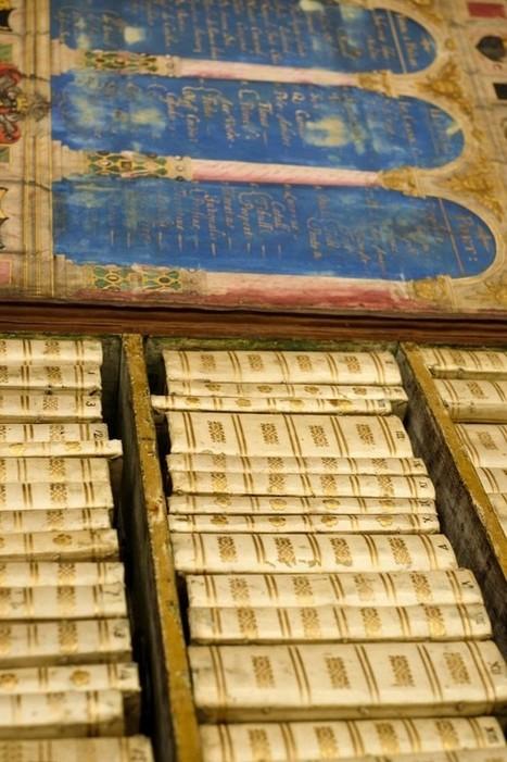 Une bibliothèque miniature portative du XVIIème | BiblioLivre | Scoop.it