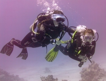 Anna's 'blind' scuba dive for Guide Dogs for the ... - Emperor Divers | ScubaObsessed | Scoop.it