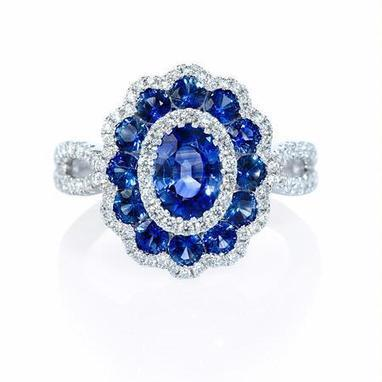 Diamond and Blue Sapphire 18k White Gold Flower Ring | Riveting Rings | Scoop.it