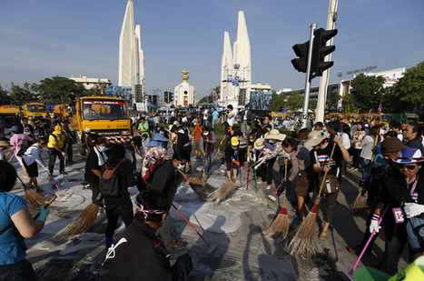 Protest truce eases Thai tension - for now - Aljazeera.com | Activism, Protest, Citizen Movements, Social Justice | Scoop.it