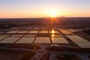 Apple now powering its cloud with solar panels, fuel cells (photos) | Big Data Analysis in the Clouds | Scoop.it