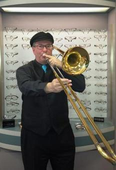 Medford optician shares love of music with community - Wickedlocal-Med Ford | Clarinet Reeder | Scoop.it