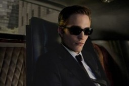 Hollywood and Fine Reviews » Blog Archive » 'Cosmopolis': A hearse, not a limo | AIDY Reviews... | Scoop.it