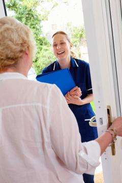 Devenir aide à domicile en suivant une formation d'aide à domicile | Médicale | Scoop.it