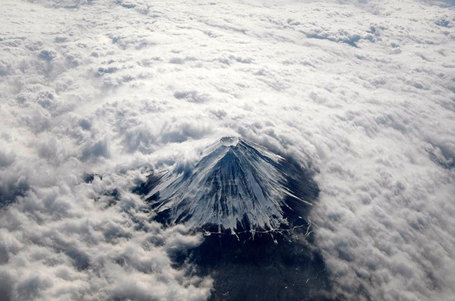 Aerial Mount Fuji from above the clouds | My Photo | Scoop.it
