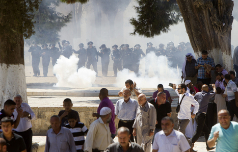 #Israel i police fire rubber bullets, tear gas at #Palestinian worshippers in Jerusalem   Unthinking respect for authority is the greatest enemy of truth.   Scoop.it
