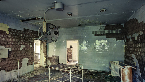 The Decaying Remains of Abandoned Hospitals   Strange days indeed...   Scoop.it