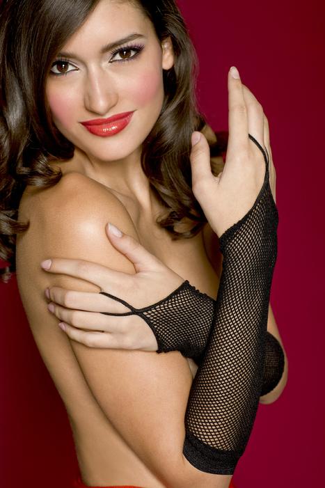 Fishnet glove with finger loop arm warmer | legsappeal | Scoop.it