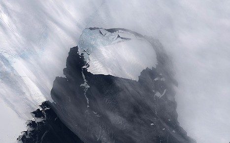 Iceberg six times the size of Manhattan in open ocean watched by scientists | Gavagai | Scoop.it