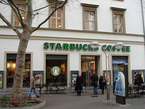 Deaf Customers Sue Starbucks: Employees Accused Of Discrimination ... - Medical Daily | Sign language | Scoop.it