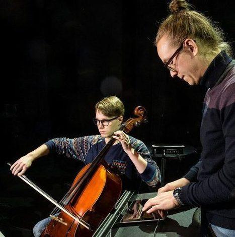 IPad-orkesteri tutkiskeli soittimen mahdollisuuksia - Helsingin Sanomat | Tabletele in Educatie | Scoop.it