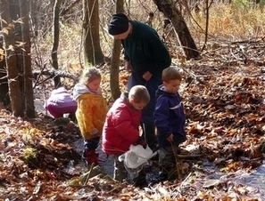 Outdoors is the main classroom at Holderness preschool | New Hampshire NEWHAMPSHIRE03 | Inquiry science | Scoop.it