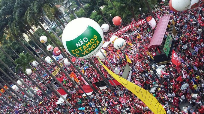 Brazil's Landless Workers Movement (MST) on the political crisis engulfing the Dilma government | Links International Journal of Socialist Renewal | real utopias | Scoop.it
