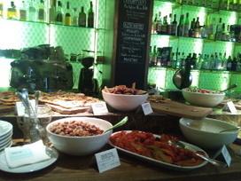Vicino, buena comida y bebida italiana en la Barceloneta - · · los bonvivant · · · · los bonvivant · · | Bares y restaurantes buenos bonitos y baratos en Barcelona - Los Bonvivant - www.losbonvivant.com | Scoop.it