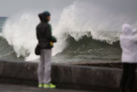 Two dead in Canaries as Atlantic storm rages on | English Information | Scoop.it