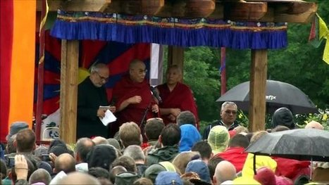 Sinosphere | Dalai Lama Reflects on Aging at Glastonbury - New York Times (blog) | Go-Boomers | Scoop.it