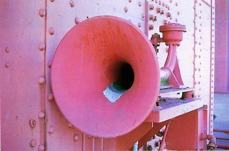 Media Art Net | Fontana, Bill: Soundbridge Köln/San Francisco | DESARTSONNANTS - CRÉATION SONORE ET ENVIRONNEMENT - ENVIRONMENTAL SOUND ART - PAYSAGES ET ECOLOGIE SONORE | Scoop.it