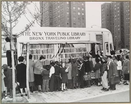 A Brief History of American Bookmobiles...in Pictures | librariansonthefly | Scoop.it