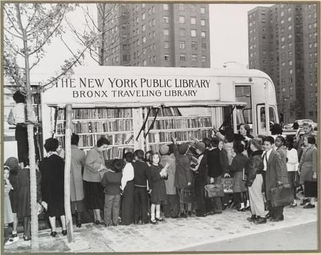 A Brief History of American Bookmobiles...in Pictures [Bookriot] | espaces publics urbains | Scoop.it