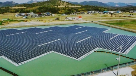 Construction finishes on two floating mega-solar plants in Japan | Five Regions of the Future | Scoop.it