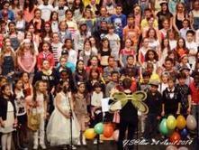 Plus de 230 jeunes choristes ont chanté la jeunesse | Collège Jean Moulin | Scoop.it