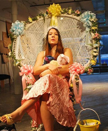 Performance artist gives birth in art gallery | performance art | Scoop.it
