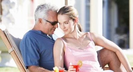 dating an older guy at 18 How to date an older guy when you are 18 or above, dating an older guy can  be an exciting challenge while an older man will likely be more.