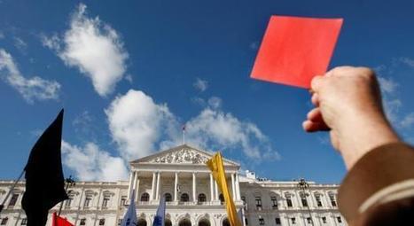 Generalidade dos portugueses descontente com evolução da democracia - Política - Notícias - RTP | Democracia em Portugal | Scoop.it