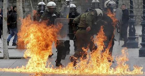 Mobilisation record et violences à Athènes: La Grèce dit non aux réformes demandées par les créanciers   Critique du changement   Scoop.it