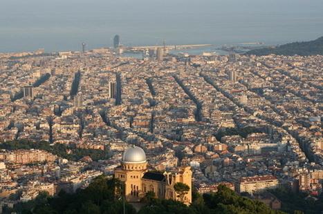 Des micro quartiers interdits aux voitures : la recette de Barcelone contre la pollution   décroissance   Scoop.it