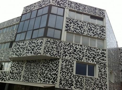Recouvrement en adhésif de 1000m2 de façade, composée de 11 QR code | Digital Think | Scoop.it