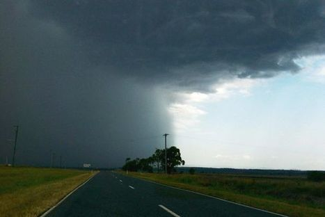 Qld storms cause flash flooding, cuts roads - ABC News (Australian Broadcasting Corporation) | Climate Chaos News | Scoop.it