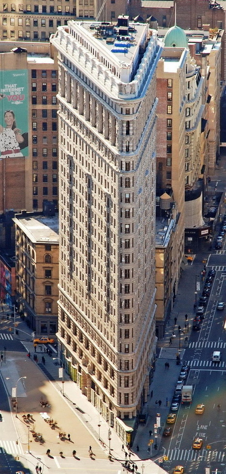 THE WORLD GEOGRAPHY: 15 Super Thin Buildings | Mr. Henderson's Geography | Scoop.it