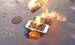 iPhone 5s: จับ iPhone 5s สีทองมาเผาด้วยไฟ, ทุบด้วยค้อนแล้วจะรอดหรือไม่? (มีคลิป) | Poom | Scoop.it