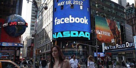 L'action Facebook vaut 31 % de moins qu'à son entrée en Bourse il y a un an | Geeks | Scoop.it