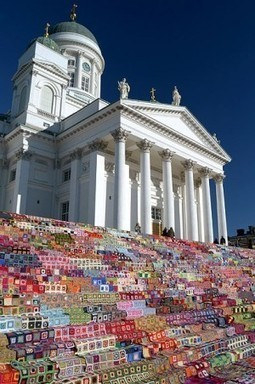 Helsinki Cathedral Steps Covered In Quilts! | craftivism. | Finland | Scoop.it