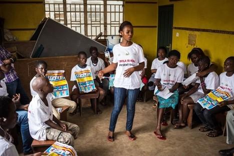Cut off from school, children in Ebola-stricken Sierra Leone get lessons by radio | Radio Hacktive (Fr-Es-En) | Scoop.it