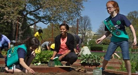 Michelle Obama pitches in for Girl Scouts - Associated Press | Girl Scouts of America | Scoop.it