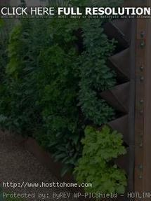 Vertical Garden Ideas Small Space with a Simple Plan: Small Space With Vertical Garden Ideas – Hosttohome | Gardening ideas | Scoop.it