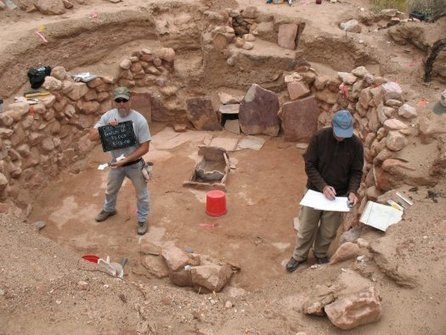 Archaeologists Use a Hacked Kinect To Create 3-D Scans of Dig Sites | Popular Science | e-Expeditions News | Scoop.it