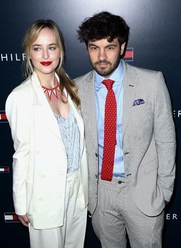 Dakota Johnson ya ha encontrado a su Christian Grey en la vida real. | Blog de Cine | Scoop.it