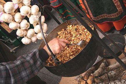Food in Andalusia – 5 Typical Dishes to Try | Toma Tours | Turismo en Andalucía | Scoop.it
