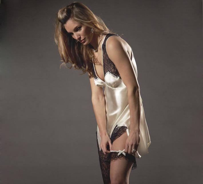 Layla L'obatti- Specimens of Seduction | Luxury Lingerie | Silk Lingerie | Designer Lingerie | Luxe Silk Loungewear | Fine Silk Designer Loungewear | | Lingerie Love | Scoop.it