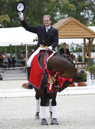 Todd Flettrich's New Ride Will Be Cherry Knoll Farm's German Grand Prix Gelding Revolverheld-- Dressage News | Fran Jurga: Equestrian Sport News | Scoop.it