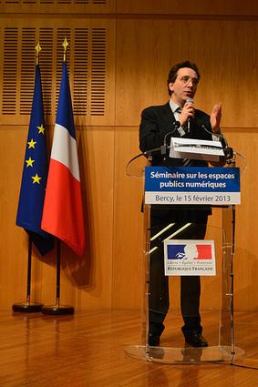 Bernard Benhamou : Quelle politique nouvelle pour les EPN (vidéo) : clôture du séminaire | Antenne citoyenne | Scoop.it