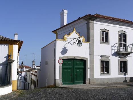 Hitch-hiking in Portugal: advantages and disadvantages | Travel in Portugal | Scoop.it
