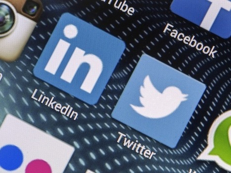 LinkedIn and Twitter Struggle to Balance Their Dual Business Model | Digital Marketing | Scoop.it