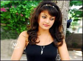 The 'Lucky' Girl's Bad Luck   BollywoodPanda.in   Bollywood News And Gossip   Scoop.it